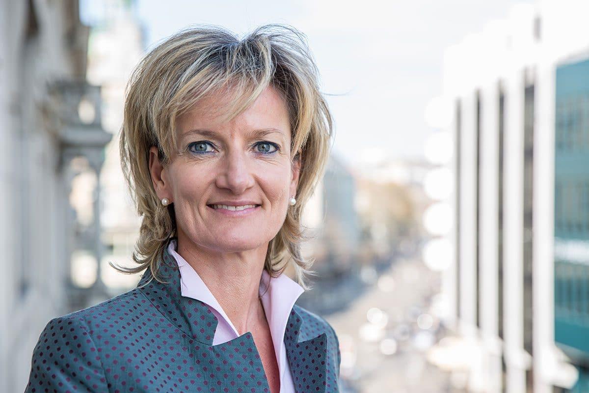 Christine Pappert, Rechtsanwältin